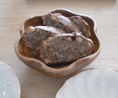 VIRONのクルミ入りのパン 2010.1.22