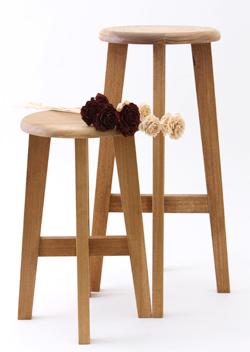 日本の丸椅子