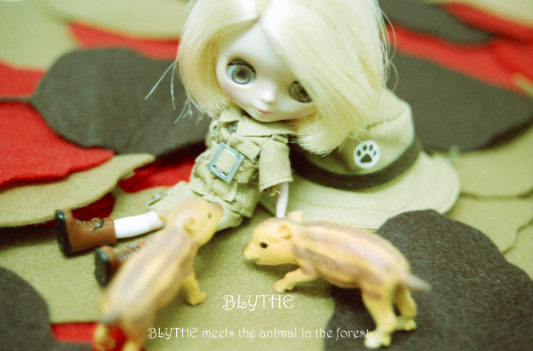 BLYTHE meets the animal in the forest3