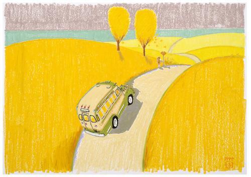 秋の野原を行くボンネットバス