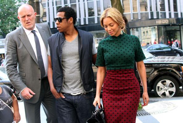 qschoiceJay+Z+Beyonce+Jay+Z+Arriving+Hotel+Fouquet+gcSU74hR7iSl.jpeg