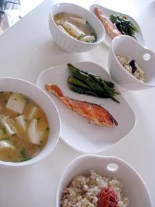 シャケの玄米定食5