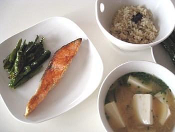 シャケの玄米定食6
