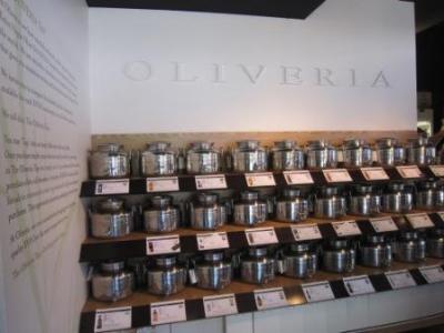 Oliveria2.jpg