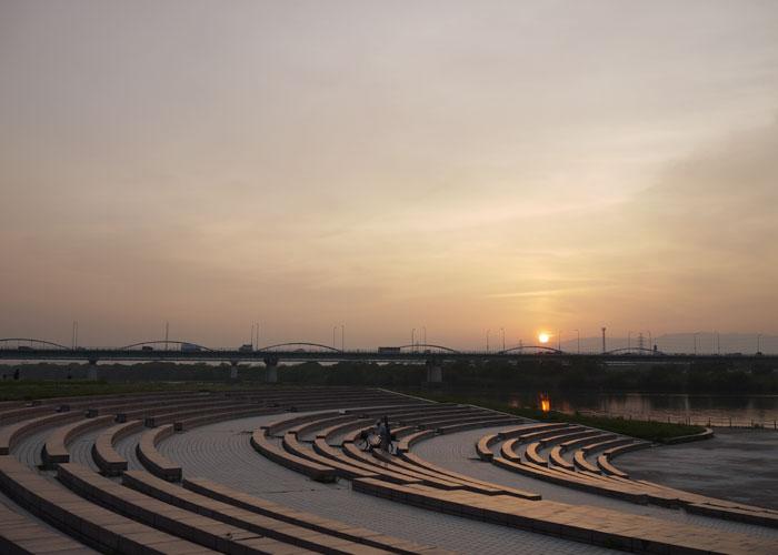 100521お散歩夕陽