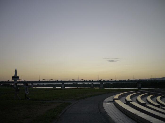 20100909河川敷6
