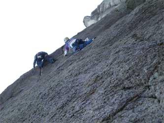 4ルート登るTさんとA清さん