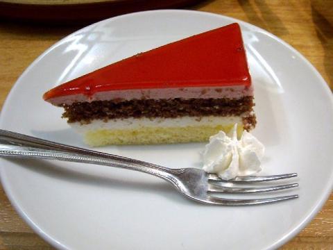 おさかな亭三条店・H22・7 サワーチェリーケーキ
