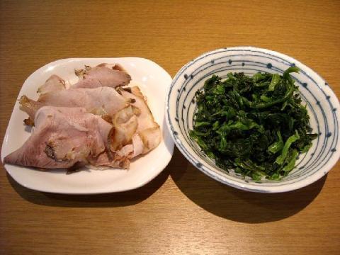 ヒグマ女池店・H22・9 肉増・ほうれん草