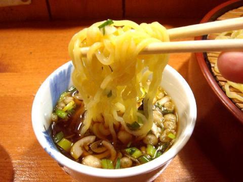 大五郎・H22・11 支那ザル 麺2