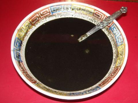 龍昇園・H22・11 黒カレーラーメン(ハーフ)スープ