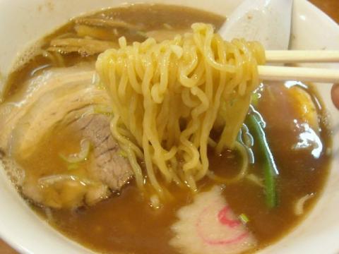 翔・H22・11 ラーメン 麺