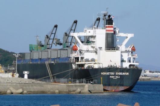巨大タンカー(4)