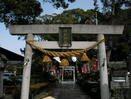 0206神社にて (5)
