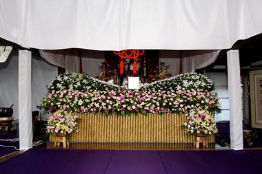 お寺花祭壇