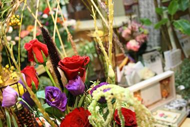 ミレットパープルマジェスティの花束