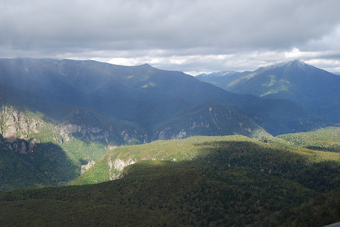黒岳から北方の山