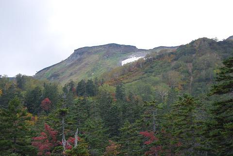 平が岳の山が見える