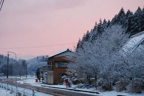雪の夕焼け