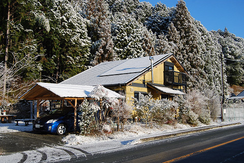 雪と我が家
