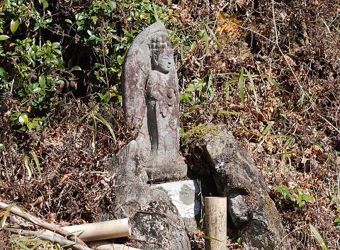 道端の石仏2