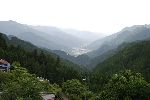 中央構造線断層谷