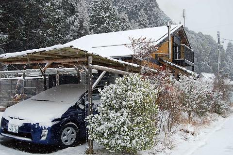 雪のわが家