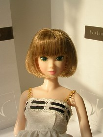 momoko Lacy Modenist 002-1