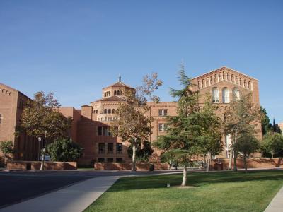 UCLA構内