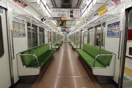 20110821_kyoto_subway_10-in01.jpg