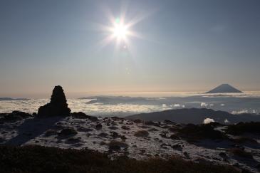 富士を眺めながら稜線歩き