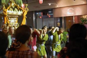 大人神輿2010