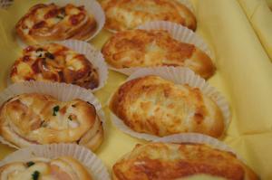 ハムロール&ツナコーンパン