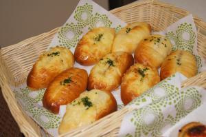 玉ねぎとベーコンの調理パン2