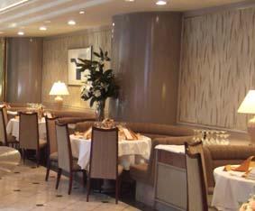 20091206 吉田さん結婚式 ガーデンレストラン八つ山 007 室内 10cm