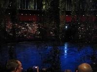 ステージ水舞間
