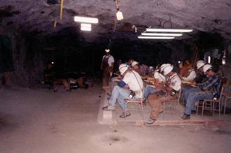 コロラド鉱山大学、Edgar実験鉱山坑内での授業