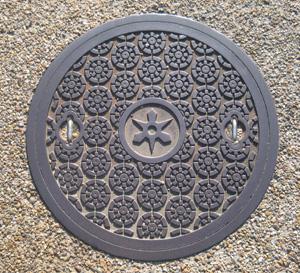 京都市マンホール蓋blog01