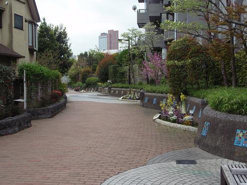 烏山川緑道1