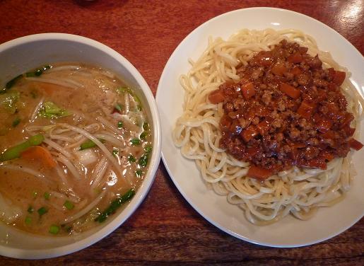 『田村屋』 肉あんつけ麺(1050円)
