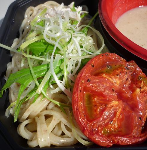 『アイバンラーメン』 全粒粉のWhite Chicken つけめん(麺とトッピング)