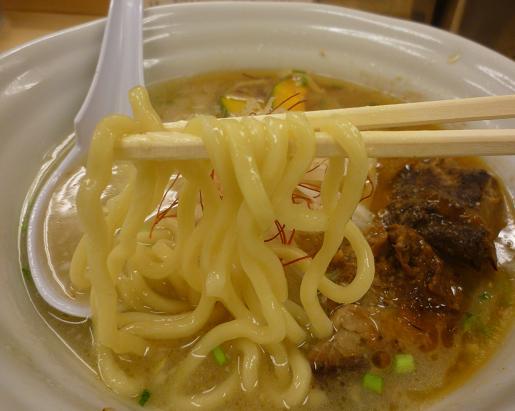 『太麺堂』 太ラーメン(麺リフト)