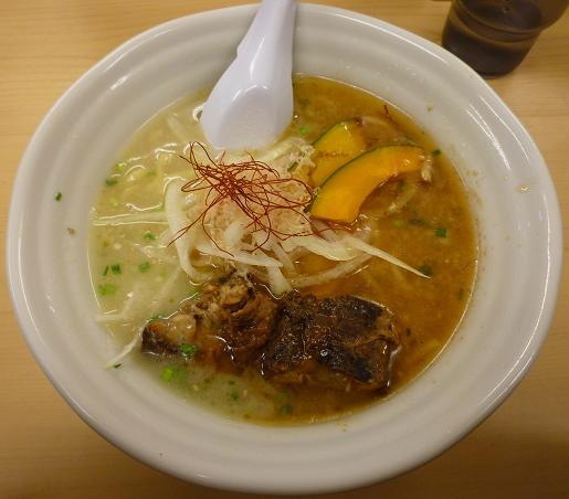 『太麺堂』 太ラーメン(太宣言で650円)