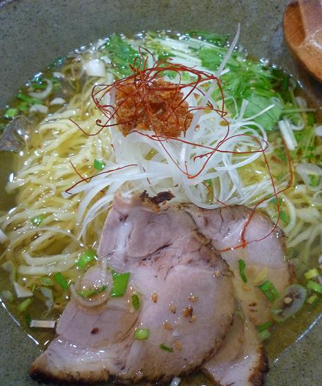 『天雷軒 東日本橋店』 海老薫琥珀拉麺(アップ)
