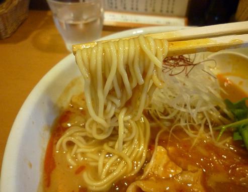 『らー麺 もぐや』 キムチあんかけらーめん(麺リフト)