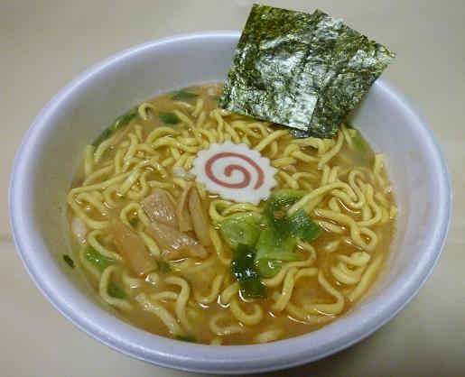 カップ麺『太麺堂々』(日清) 190円(税抜・小売希望価格)