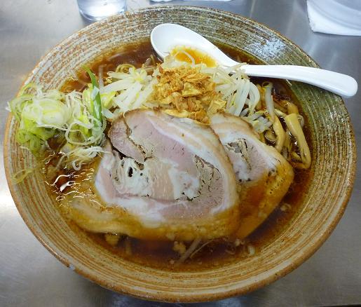 『覆麺』 覆麺(普通盛・780円)