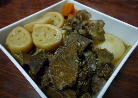 【家飯】馬肉の五目煮
