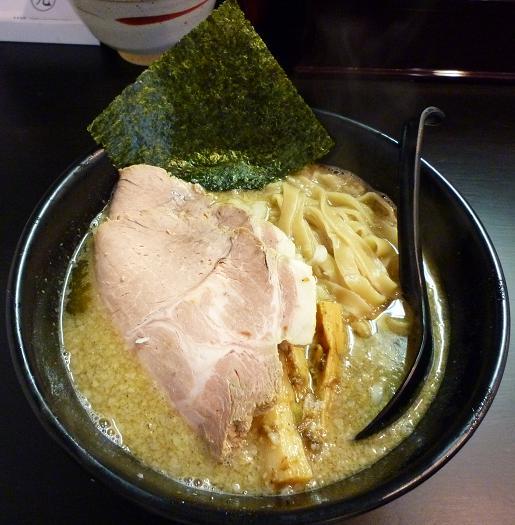『立教通りのにぼきゅう』 煮干しそば(並・650円)