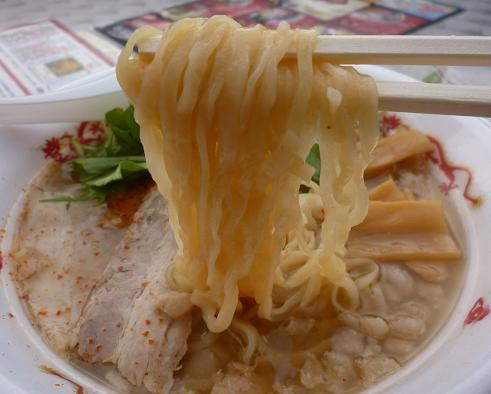 『めんや 恵次』@お台場ラーメンPARK 「とりこってりラーメン」(麺リフト)